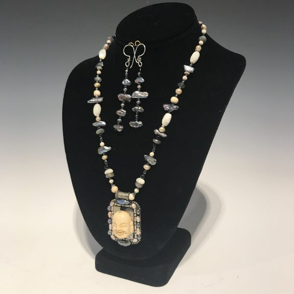 Buddah Necklace and Earring Set